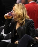 Хайден Панотье, фото 14528. Hayden Panettiere - watching a basketball game at the Staples Center 03/07/12, foto 14528