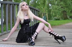 Maria Amanda - Gothic Doll [Zip]y5lr1n5qp3.jpg