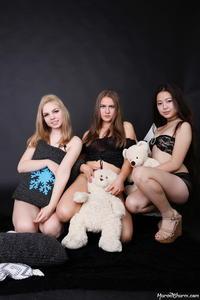 Rebecca Isabelle Katrin - Triple Treat (Zip)f633snhtox.jpg